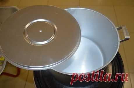 «Бабушкин» способ почистить алюминиевую посуду / Домоседы