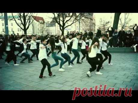 Syrtaki Flashmob Augsburg - Official Video