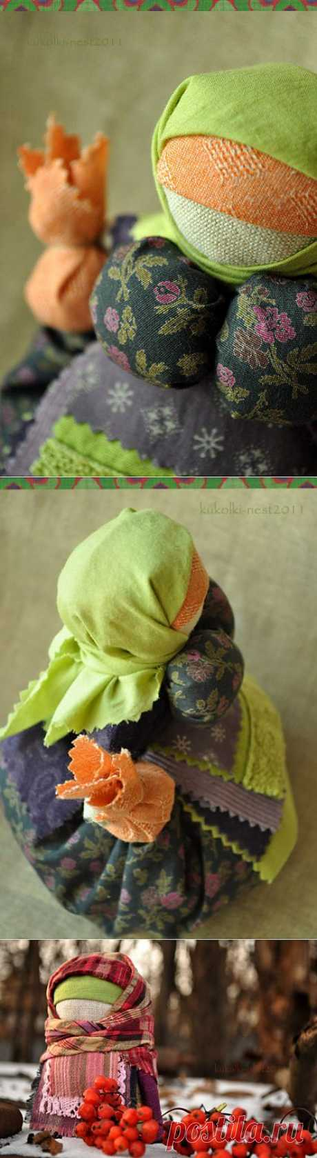 Бабушки:)) Кубышка травница и крупеничка