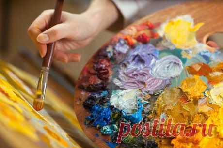Процесс творчества доставляет радость творцу, плоды творчества - радость другим.