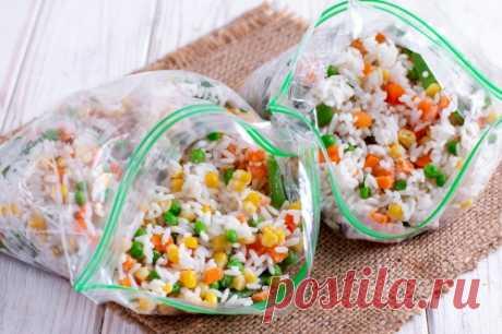 Как заморозить овощную смесь с рисом / Меню недели