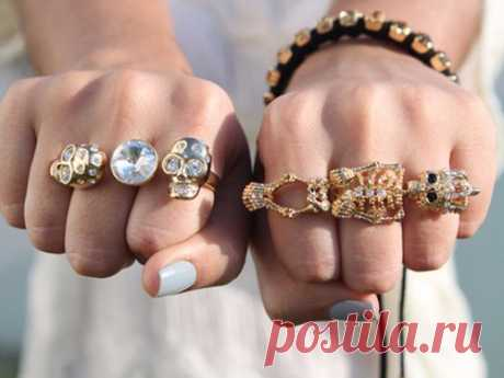 On what finger to carry a ring to attract good luck, love and wellbeing