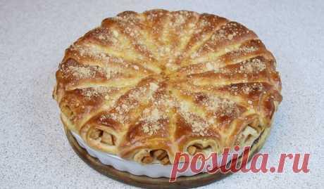 Сколько можно печь одну и ту же шарлотку? «Яблочные рожки»: необычный пирог, который тает во рту | Кулинарушка - Вкусные Рецепты
