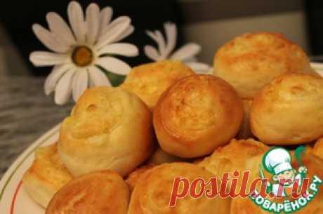 Los panecillos del test caseoso con el queso - la receta de cocina