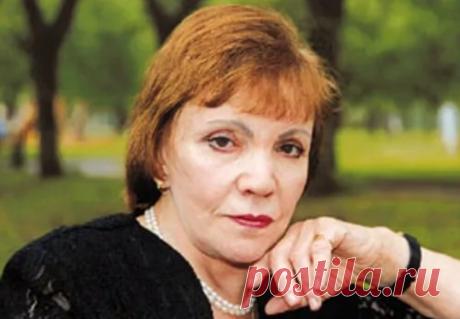 Стихи Риммы Казаковой о любви   Формаслов: журнал о культуре   Яндекс Дзен