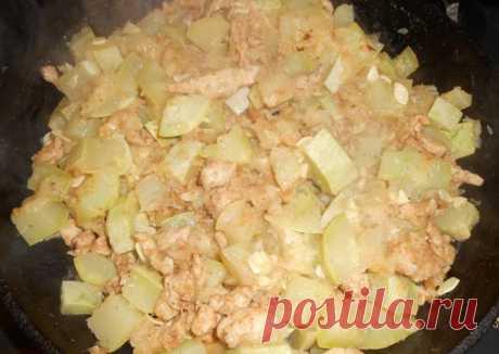 (3) Куриная грудка с кабачком и яблоком - пошаговый рецепт с фото. Автор рецепта Владимир Кашаев . - Cookpad