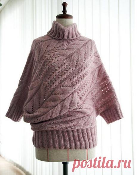 «Неожиданный силуэт» свитер спицами.