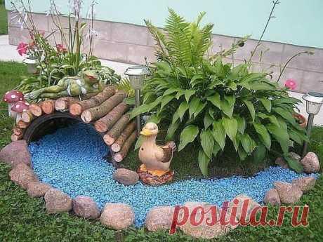 Украсили двор. Как вам идеи?