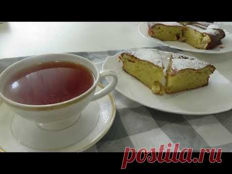 Простой пирог к чаю на сметане. Отличный рецепт для тех, кому нравится все смешать и - в духовку