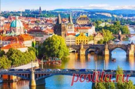 Что посмотреть в Праге, достопримечательности, интересные места Что туристам обязательно посмотреть в Праге, достопримечательности столицы Чехии, куда сходить на отдыхе. Экскурсии в Праге, погода, отели, туры, где остановиться туристу.