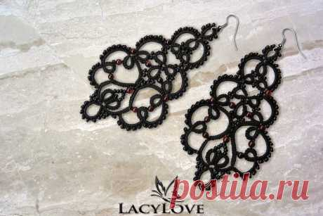 tatted_gothic_earrings_ariadne_by_lacylovehandmade_d7wgoad-fullview.jpg (900×600)