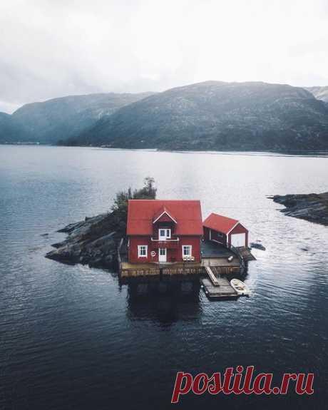 Жизнь в уединении и потрясающей природой в Норвегии