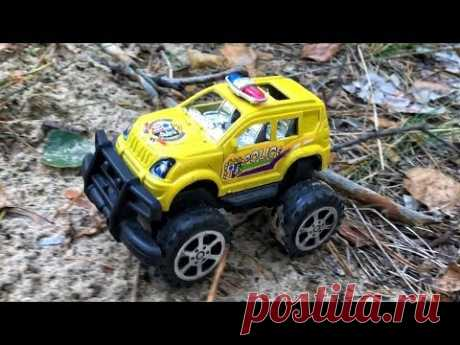Kids toys - police car run in forest. Toy Vehicles videos - YouTube