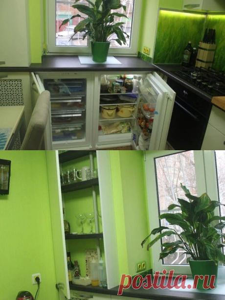Неожиданно! Полноценный холодильник вместо хрущевского, сервант в шкафу у батареи — все это в кухне 5.9 кв.м.   Какую кухню купить?   Яндекс Дзен