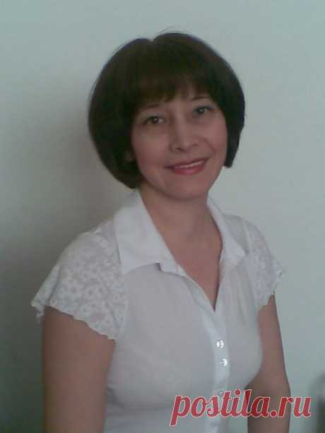 Амина Ахмирова