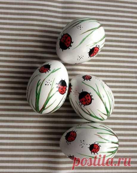 Set of 4 white Hand Decorated Painted Easter Egg with Ladybug   Etsy