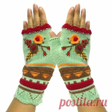Женские теплые вязаные крючком жаккардовые вязаные зимние перчатки на половину пальца высококачественные Варежки перчатки ручной работы с цветочной вышивкой   Женские перчатки  