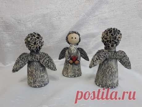Ангелочки из папье - маше...............