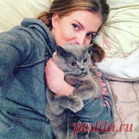 Юлия Сенова