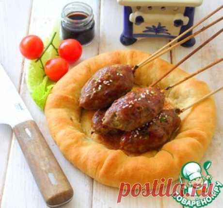 Кебаб на лепёшке с рисом - кулинарный рецепт