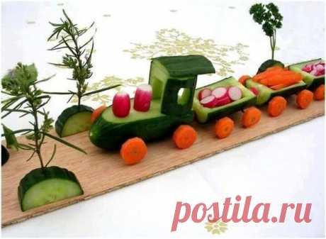 Удивите детей необычным оформлением обычных продуктов. Огуречный поезд, который везет детям витамины!