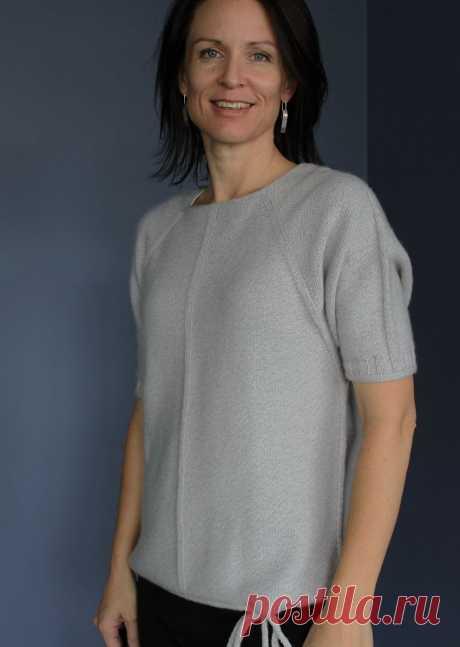 Вязаный спицами пуловер реглан Shikakkei с рукавом летучая мышь и шнуровкой по нижнему краю.