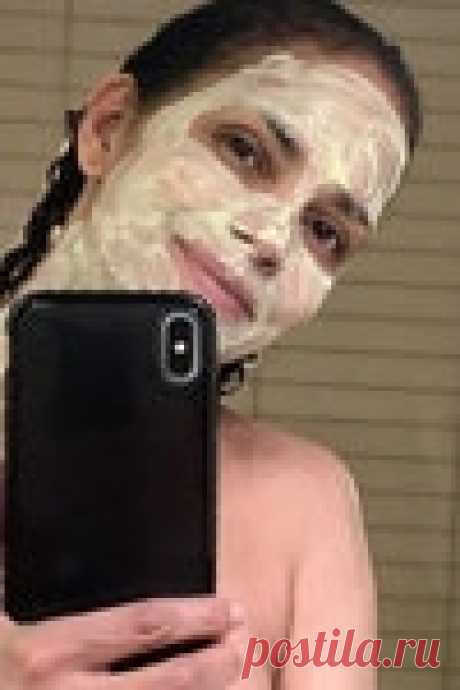 Увлажняющая маска для лица своими руками по рецепту Холли Берри   Vogue Russia