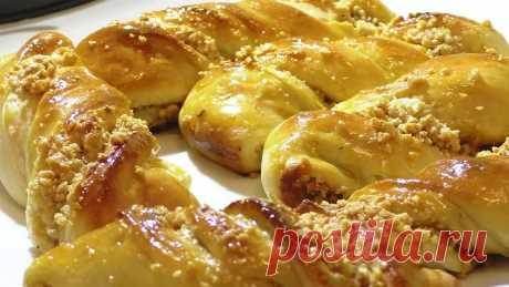 Оооочень вкусные булочки с орешками. delicious buns with nuts