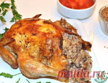 Курица в рукаве, фаршированная гречкой и грибами – кулинарный рецепт