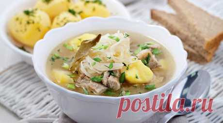 Russian cabbage soup from sourcrout, the step-by-step recipe with a photo