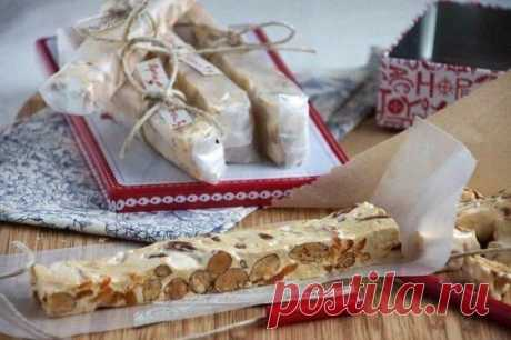 Soft nougat with nuts and dried apricots (Torrone morbido)