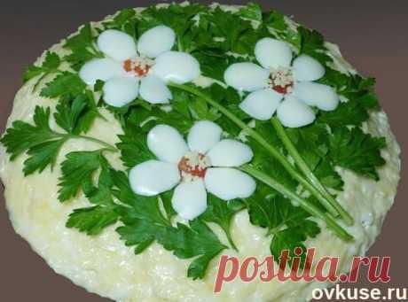 """Салат с корейской морковью и грибами """"Три цветка"""" - Простые рецепты Овкусе.ру"""