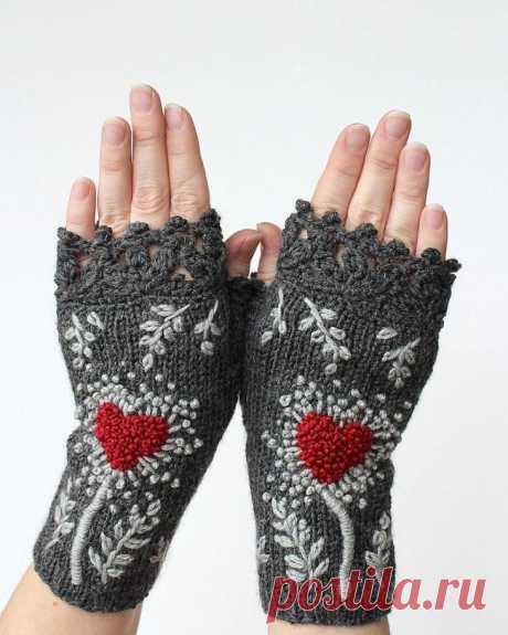 Как связать перчатки без пальцев спицами: пошаговая инструкция, узоры и техника вязания
