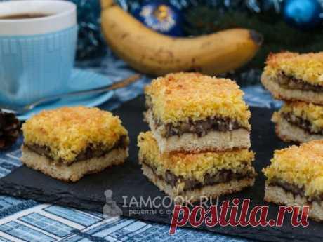 Песочный пирог с бананами — рецепт с фото, на русском, пошагово. Вкусный песочный пирог с бананами, какао и кокосовой стружкой разнообразит ваше семейное чаепитие в зимний период.