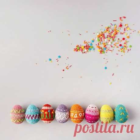 PDF Пасхальные яйца. FREE amigurumi crochet pattern. Бесплатный мастер-класс, схема для вязания амигуруми крючком. Игрушки своими руками! Пасха, пасхальные яйца, egg, Easter, huevo, ovo, œuf, Ei, yumurta, 卵, jajko, Wielkanoc, Ostern, Páscoa. #амигуруми #amigurumi #amigurumidoll #amigurumipattern #freepattern #freecrochetpatterns #crochetpattern #crochetdoll #crochettutorial #patternsforcrochet #вязание #вязаниекрючком #handmadedoll #рукоделие #ручнаяработа #pattern #tutorial #häkeln #amigurumis