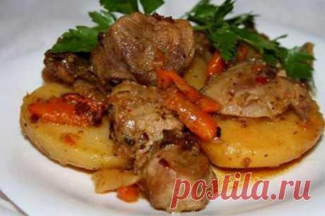 Свиное жаркое с картофелем, рецепт — Вкусо.ру