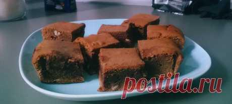 Брауни с молочным и темным шоколадом. Рецепт Шоколад разломать на кусочки и растопить на водяной бане вместе с маслом, чтобы не оставалось комочков.