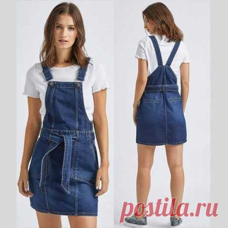 ДЖИНСОВЫЙ САРАФАН #платья Современный джинсовый сарафан по ретро - выкройке. Размер 44 (русск.) Джинсовая одежда актуальна всегда. Её носят все. Она универсальна и удобна. Натуральная, не маркая, не мнется - сплошные плюсы. Люблю её