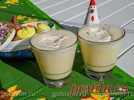 Яичный коктейль Эгг-ног. Рецепт с фото Несложный в приготовлении яичный коктейль, который по-шведски называется Дggtoddy (эггтодди). Родина коктейля - англо-саксонские страны, где он подаётся к Рождеству или дню Благодарения и носит название Egg Nog (Эгг ног). Но в Швеции это традиционный напиток к Пасхе. Можно подавать его как горячим, так и холодным, как с алкоголем, так и без. Основа напитка - яичные желтки, взбитые с сахаром в крепкую белую пену и затем разведенные чем...