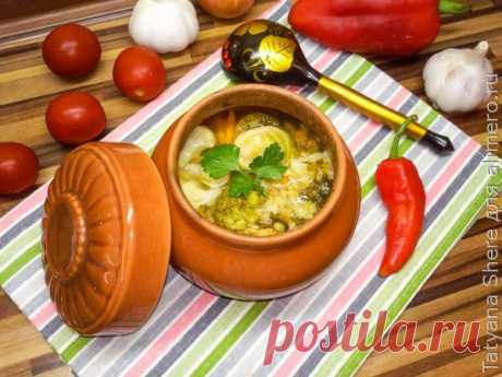👌 Овощной суп с чечевицей в горшочке, рецепты с фото Овощной суп, приготовленный в духовке в горшочке – это очень вкусное, диетическое и низкокалорийное блюдо! Готовится оно очень просто и относительно быстро. А благодаря тому, что о...
