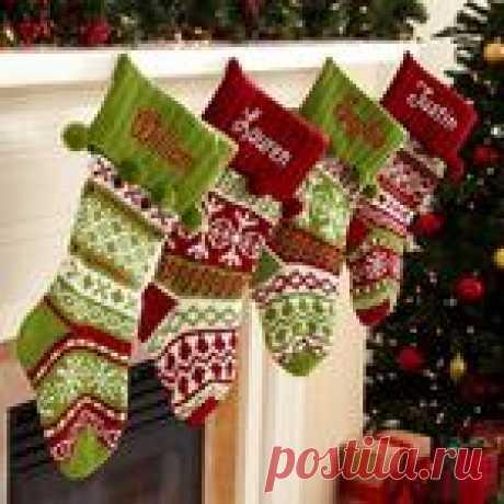 Вяжем оригинальные рождественские носки