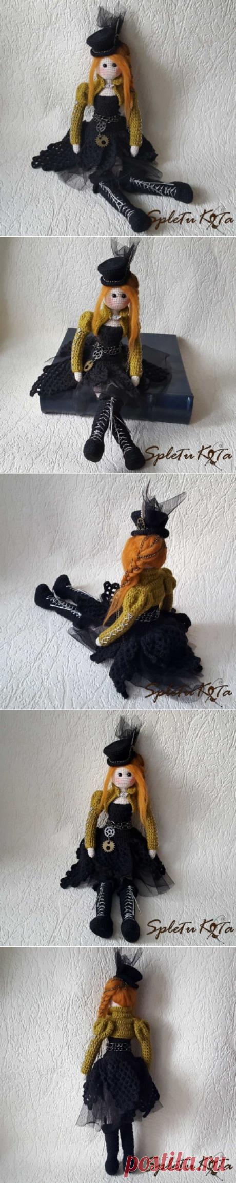 Интерьерная текстильная кукла Мэри. Ручная работа. В ней сочетаются, казалось бы, несочетаемые стили: тильда и стимпанк. Образ оригинальный и интересный. Яркая рыжеволосая красотка в шляпке-цилиндре, ботфортах на платформе, асимметричном платье разных текстур: крупная вязка и полупрозрачный шифон. Платье и шляпа декорированы цепочками и шестернями. Болеро оливкового цвета в викторианском стиле с воротником-стойкой и рукавами буфами, а также вплетенные в волосы цепочки дополняют образ стимпанк.