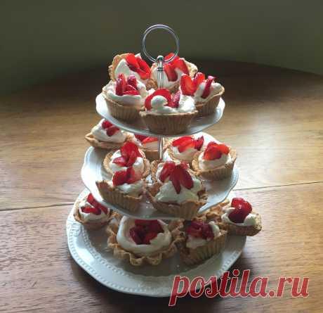 Рецепты с фото. Песочные корзиночки с ягодами