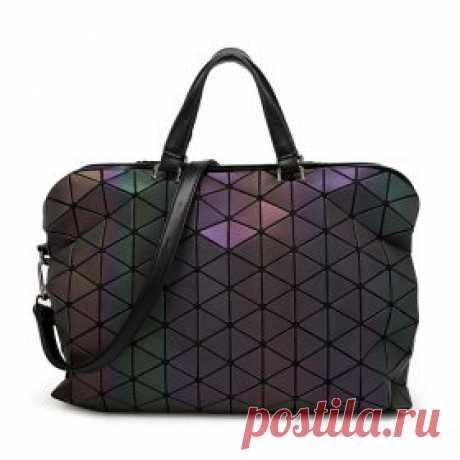 La bolsa femenina de los triángulos que cambian el color al cambio de la iluminación | shopperali.ru las Revistas de las mercancías y las revocaciones. Aliekspress bueno.