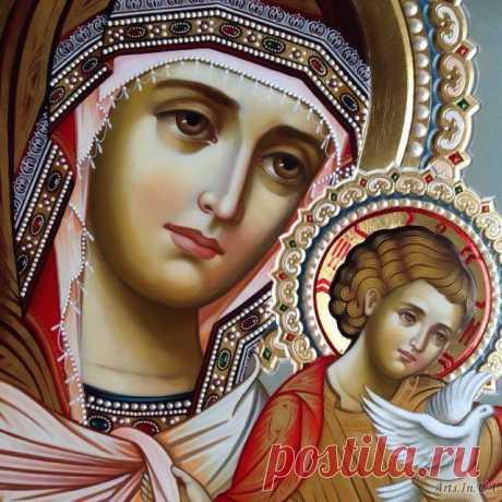 """Икона Божией Матери """"Голубицкая"""" Радуйся, Свет неизреченно родившая; радуйся, еже како, ни единаго же научившая. Радуйся, премудрых превосходящая разум; радуйся, верных озаряющая смыслы. Радуйся, Невесто Неневестная."""