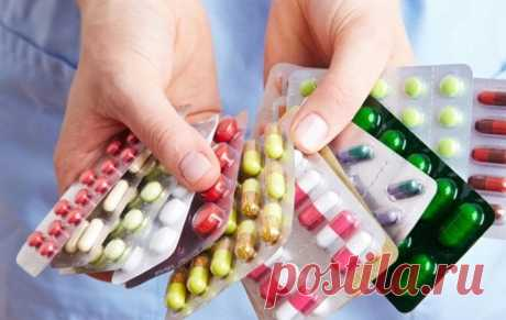 Аналоги дорогих препаратов для домашней аптечки Помимо аналогов существуют препараты с аналогичным действием, но с разными действующими веществами. Подобную замену необходимо делать только с разрешения врача, ведь у другого препарата могут быть сам…