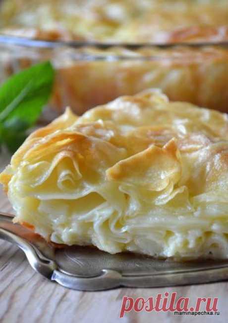 Ачма - понятный домашний фото-рецепт блюда Ачма — это слоёный пирог с нежной кружевной мякотью и хрустящей корочкой, внутри которого находится расплавленный сыр. Вижу, что Вы уже облизали губы.