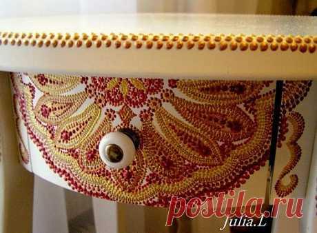 Фрагмент росписи столика (Икеа)