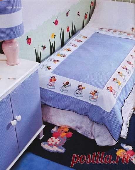Вышитое постельное белье.