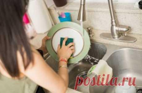 Хозяйке на заметку.  Чем вредны губки для мытья посуды